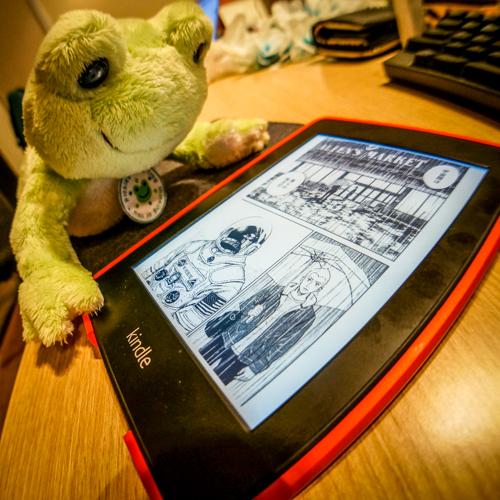 宇宙兄弟17巻「宇宙服は 俺らの 味方だ」KindlePaperWhiteで涙ぐむケロ先生 @コム・ニ・ケロ通信