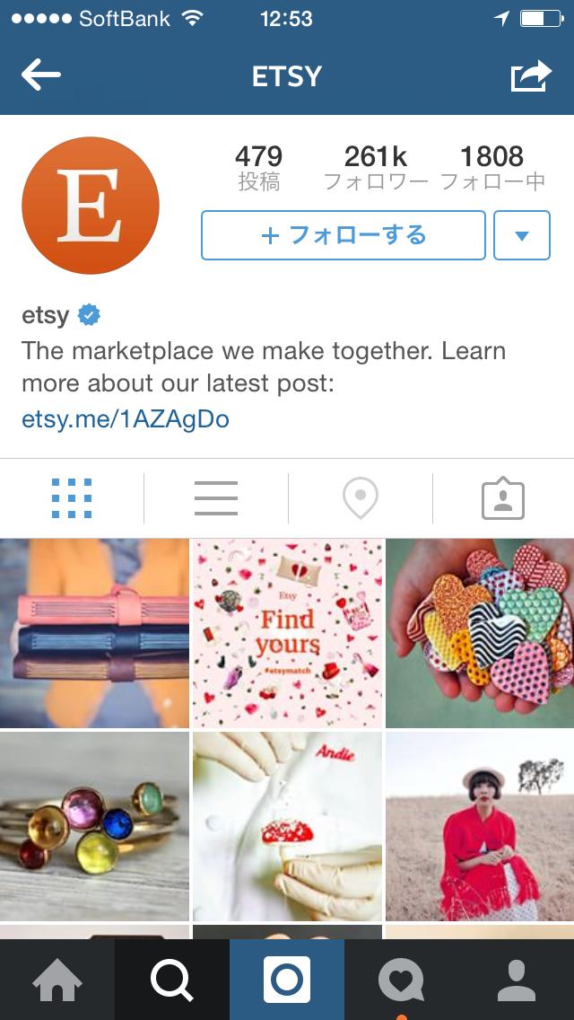 Instagramの認証バッジのついたアカウントの例