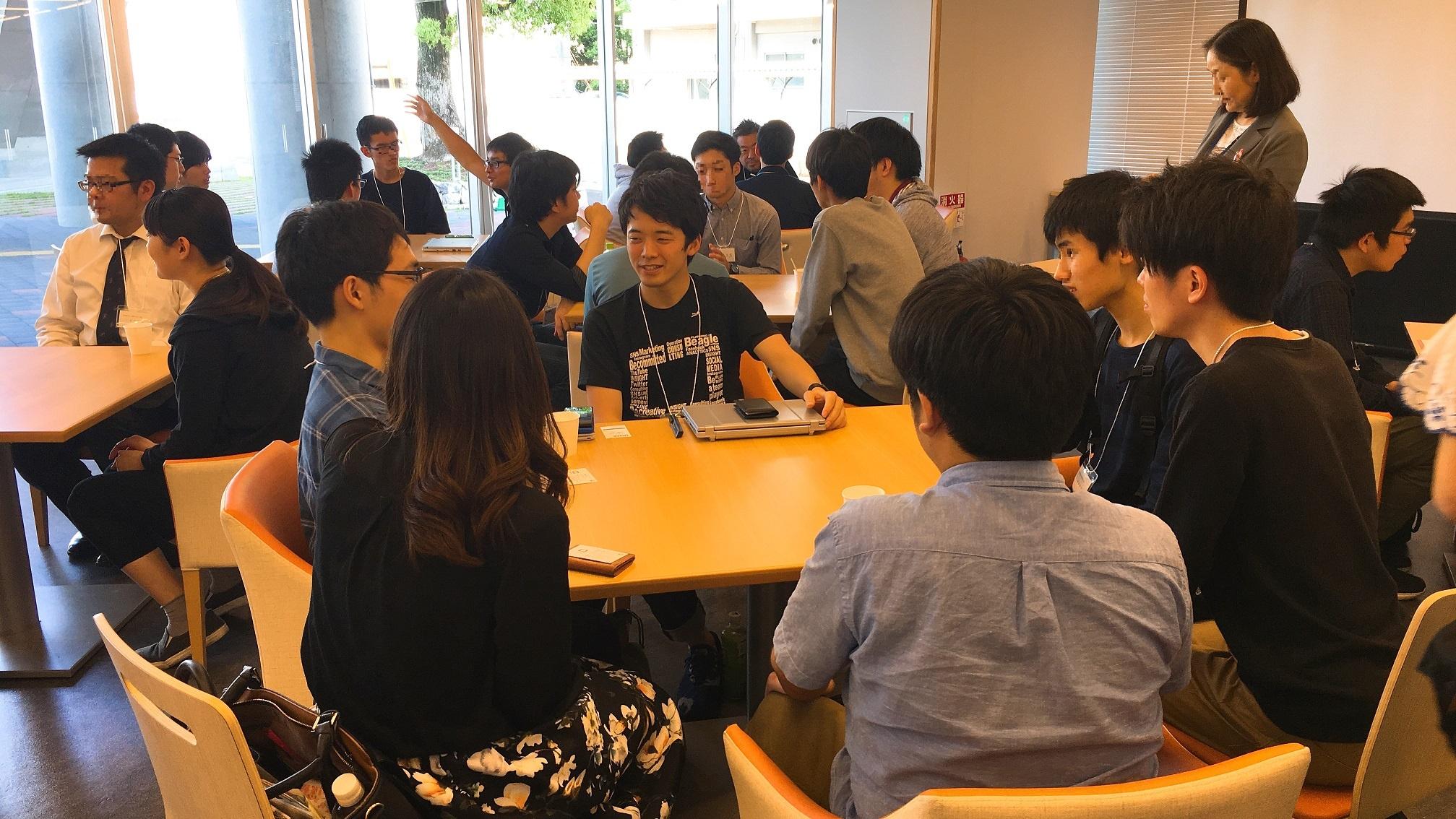 若手リーダーを囲んでの交流会